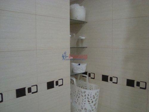 1-комнатная квартира (40м2) на продажу по адресу Ленинский пр., 72— фото 6 из 8