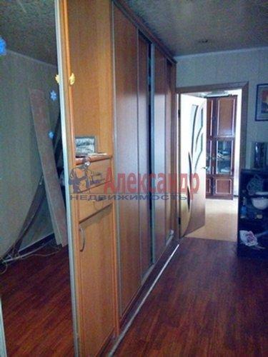 3-комнатная квартира (67м2) на продажу по адресу Комендантский пр., 40— фото 2 из 6