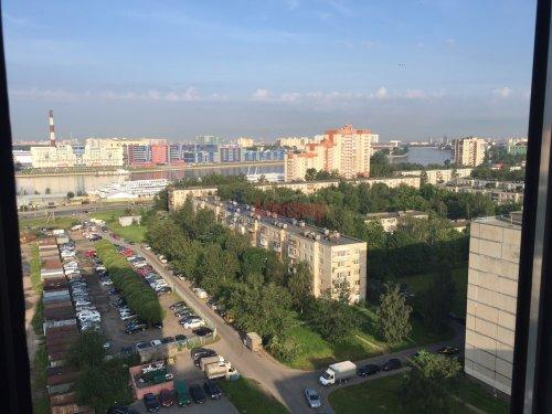 2-комнатная квартира (64м2) на продажу по адресу Октябрьская наб., 126— фото 6 из 19