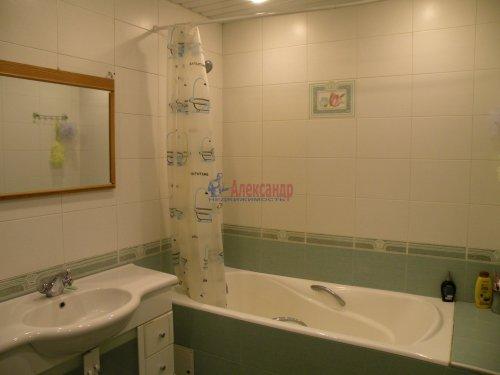 3-комнатная квартира (88м2) на продажу по адресу Комендантский пр., 11— фото 10 из 11