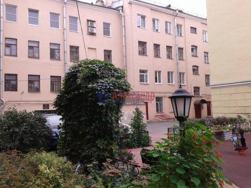 2-комнатная квартира (64м2) на продажу по адресу 12 Красноармейская ул., 16— фото 1 из 12