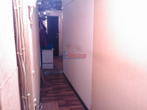 Комната в 3-комнатной квартире (58м2) на продажу по адресу Новоизмайловский просп., 45— фото 2 из 8