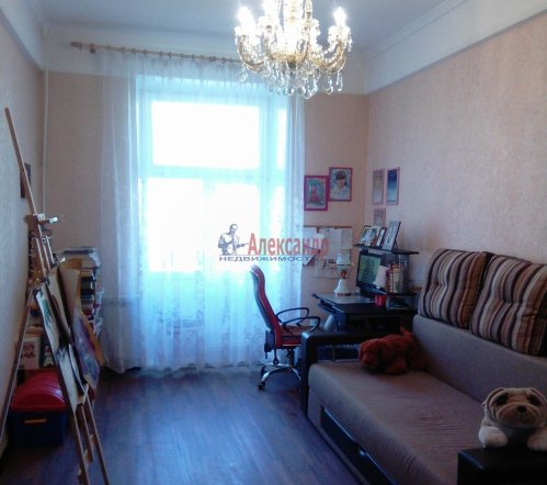 4-комнатная квартира (101м2) на продажу по адресу Волхов г., Волховский пр., 35— фото 5 из 9
