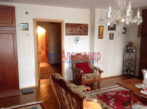3-комнатная квартира (102м2) на продажу по адресу Тельмана пос., 46— фото 7 из 15