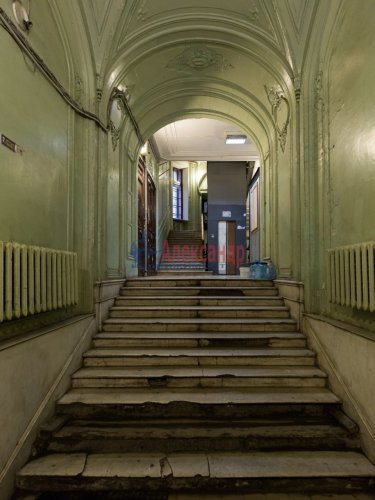 9-комнатная квартира (380м2) на продажу по адресу Кирочная ул., 24— фото 3 из 5