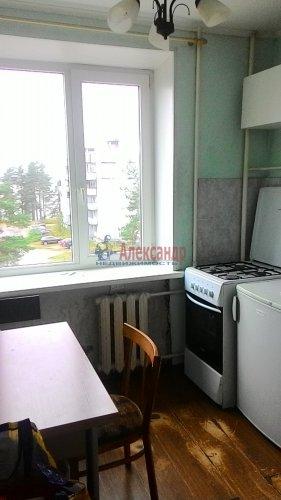 1-комнатная квартира (31м2) на продажу по адресу Глебычево пос., 7— фото 2 из 12