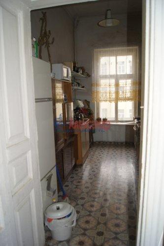 Комната в 6-комнатной квартире (129м2) на продажу по адресу Большой пр., 2— фото 7 из 7