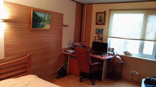3-комнатная квартира (69м2) на продажу по адресу Сестрорецк г., Инструментальщиков ул., 15— фото 9 из 10