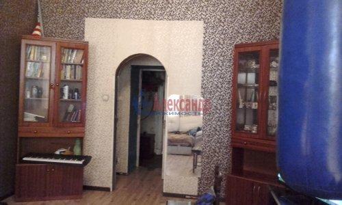 Комната в 8-комнатной квартире (240м2) на продажу по адресу Кадетская линия, 31— фото 7 из 13