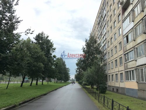 3-комнатная квартира (59м2) на продажу по адресу Энтузиастов пр., 53— фото 1 из 14