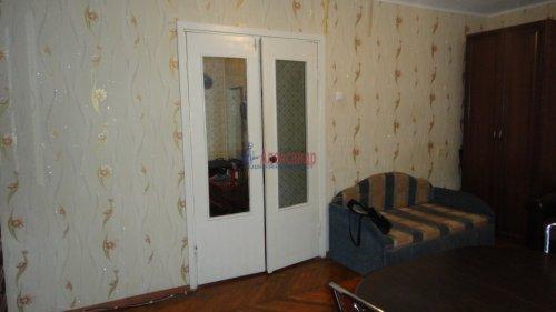 2-комнатная квартира (55м2) на продажу по адресу Сертолово г., Заречная ул., 1— фото 4 из 14