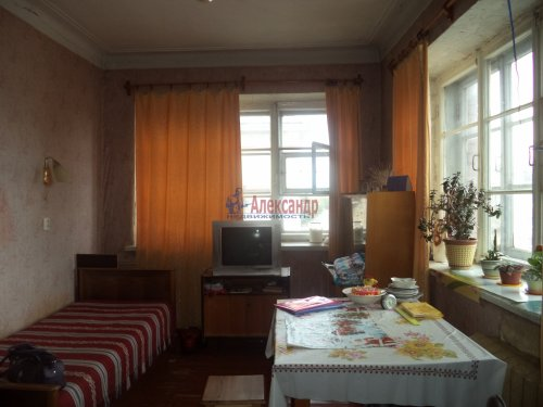 Комната в 3-комнатной квартире (72м2) на продажу по адресу Бабушкина ул., 61— фото 1 из 4