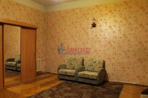 4-комнатная квартира (111м2) на продажу по адресу Ковенский пер., 28— фото 5 из 7