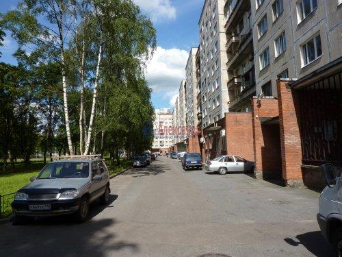 2-комнатная квартира (46м2) на продажу по адресу Культуры пр., 12— фото 12 из 24