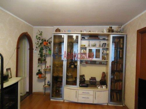 4-комнатная квартира (64м2) на продажу по адресу Славы пр., 12— фото 3 из 13