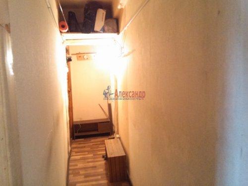 Комната в 3-комнатной квартире (58м2) на продажу по адресу Новоизмайловский просп., 45— фото 3 из 8
