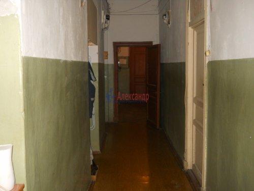 Комната в 9-комнатной квартире (240м2) на продажу по адресу Мытнинская ул., 9— фото 13 из 20