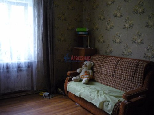 3-комнатная квартира (63м2) на продажу по адресу Кировск г., Комсомольская ул., 6— фото 6 из 13