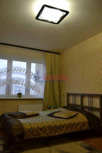 3-комнатная квартира (77м2) на продажу по адресу Маршала Казакова ул., 44— фото 3 из 37
