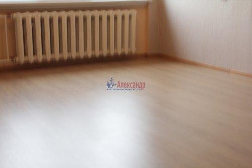 Комната в 8-комнатной квартире (114м2) на продажу по адресу Серебристый бул., 13— фото 6 из 11