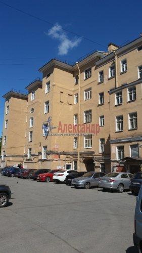 Комната в 3-комнатной квартире (100м2) на продажу по адресу Обуховской Обороны пр., 107— фото 1 из 5