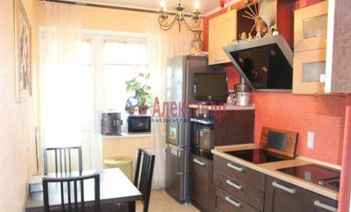 1-комнатная квартира (39м2) на продажу по адресу Софьи Ковалевской ул., 16— фото 3 из 14