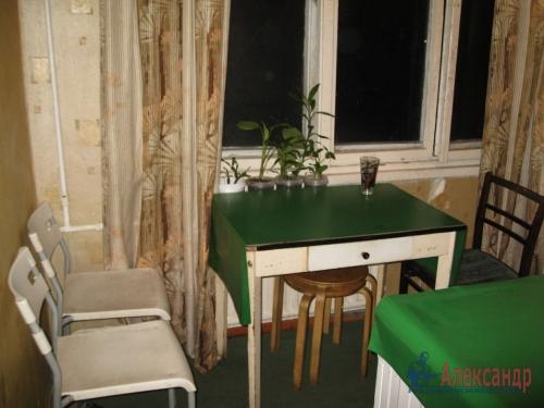 2-комнатная квартира (45м2) на продажу по адресу Антонова-Овсеенко ул., 13— фото 1 из 12