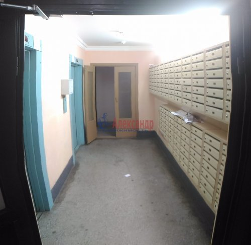 1-комнатная квартира (40м2) на продажу по адресу Мурино пос., Оборонная ул., 2— фото 2 из 21