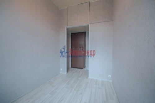 Комната в 9-комнатной квартире (248м2) на продажу по адресу Васи Алексеева ул., 16— фото 4 из 16