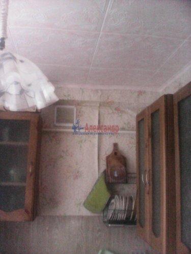 2-комнатная квартира (43м2) на продажу по адресу Плодовое пос., Центральная ул., 3— фото 2 из 15