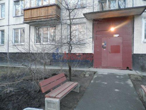 4-комнатная квартира (90м2) на продажу по адресу Будапештская ул., 17— фото 10 из 19