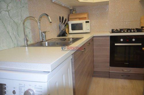 2-комнатная квартира (45м2) на продажу по адресу Брянцева ул., 8— фото 1 из 4