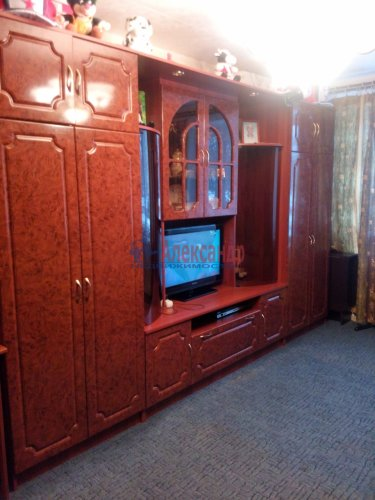 2-комнатная квартира (42м2) на продажу по адресу Шелгунова ул., 15— фото 2 из 14