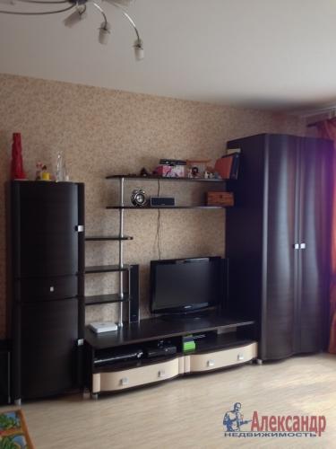 1-комнатная квартира (36м2) на продажу по адресу Стрельна г., Львовская ул., 19— фото 4 из 10