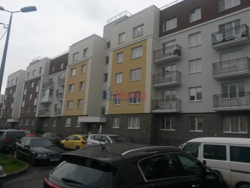 1-комнатная квартира (40м2) на продажу по адресу Юнтоловский пр., 47— фото 2 из 11