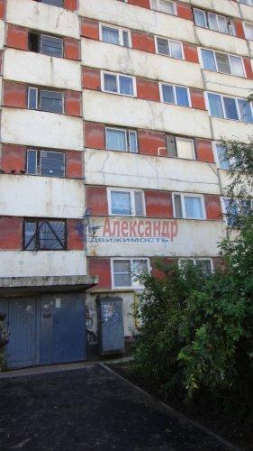 3-комнатная квартира (65м2) на продажу по адресу Никольское г., Советский пр., 243— фото 1 из 10