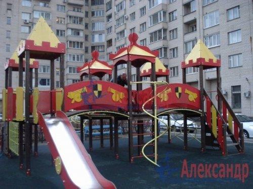 2-комнатная квартира (69м2) на продажу по адресу Науки пр., 19— фото 5 из 10