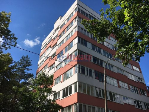 3-комнатная квартира (53м2) на продажу по адресу Козлова ул., 35— фото 1 из 13
