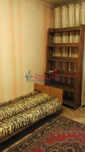 3-комнатная квартира (72м2) на продажу по адресу Обуховской Обороны пр., 144— фото 5 из 11