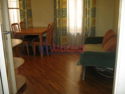 3-комнатная квартира (67м2) на продажу по адресу Рылеева ул., 41— фото 5 из 11