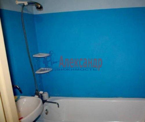 1-комнатная квартира (48м2) на продажу по адресу Светлановский пр., 103— фото 5 из 6