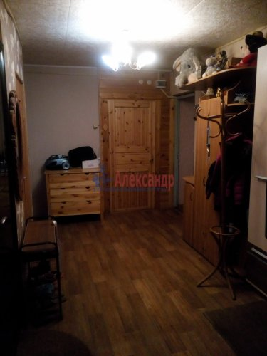 3 комнаты в 13-комнатной квартире (111м2) на продажу по адресу Сосново пос., Первомайская ул., 9— фото 4 из 11