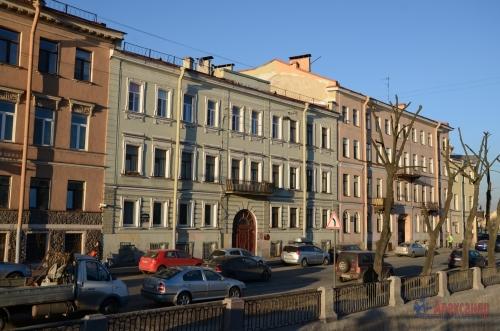 4-комнатная квартира (98м2) на продажу по адресу Реки Фонтанки наб., 171— фото 1 из 7
