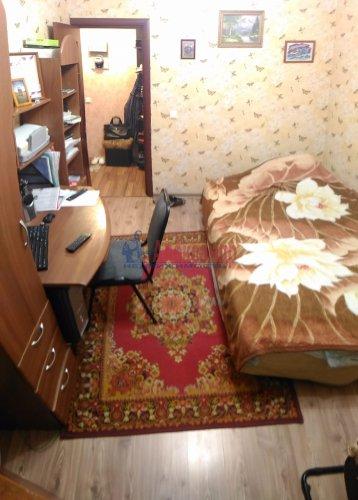 2-комнатная квартира (50м2) на продажу по адресу Мурино пос., Оборонная ул., 2— фото 9 из 15