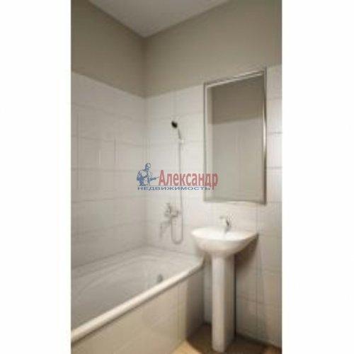 1-комнатная квартира (35м2) на продажу по адресу Маршала Казакова ул., 78— фото 2 из 4