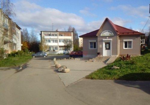 2-комнатная квартира (53м2) на продажу по адресу Старая Ладога село, 16— фото 5 из 7