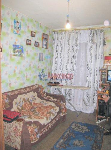 2-комнатная квартира (42м2) на продажу по адресу Павловск г., Мичурина ул., 28— фото 9 из 9
