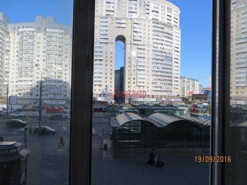 1-комнатная квартира (49м2) на продажу по адресу Комендантский пр., 12— фото 7 из 8