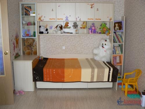 1-комнатная квартира (36м2) на продажу по адресу Стрельна г., Львовская ул., 19— фото 5 из 10