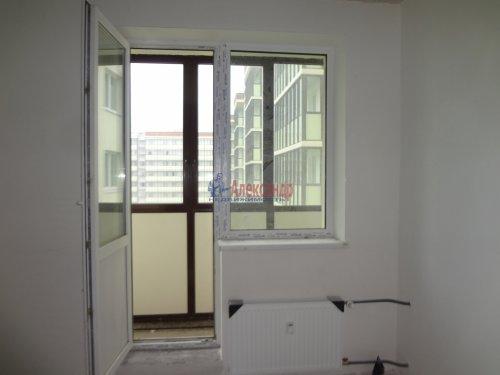 2-комнатная квартира (60м2) на продажу по адресу Мурино пос., Охтинская аллея, 14— фото 11 из 17